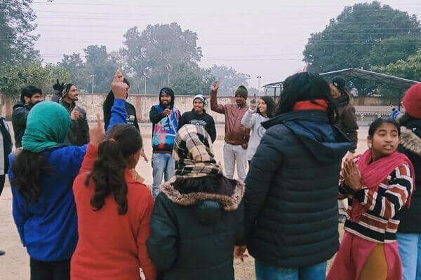 School students participating in Swachh Saryu Abhiyaan